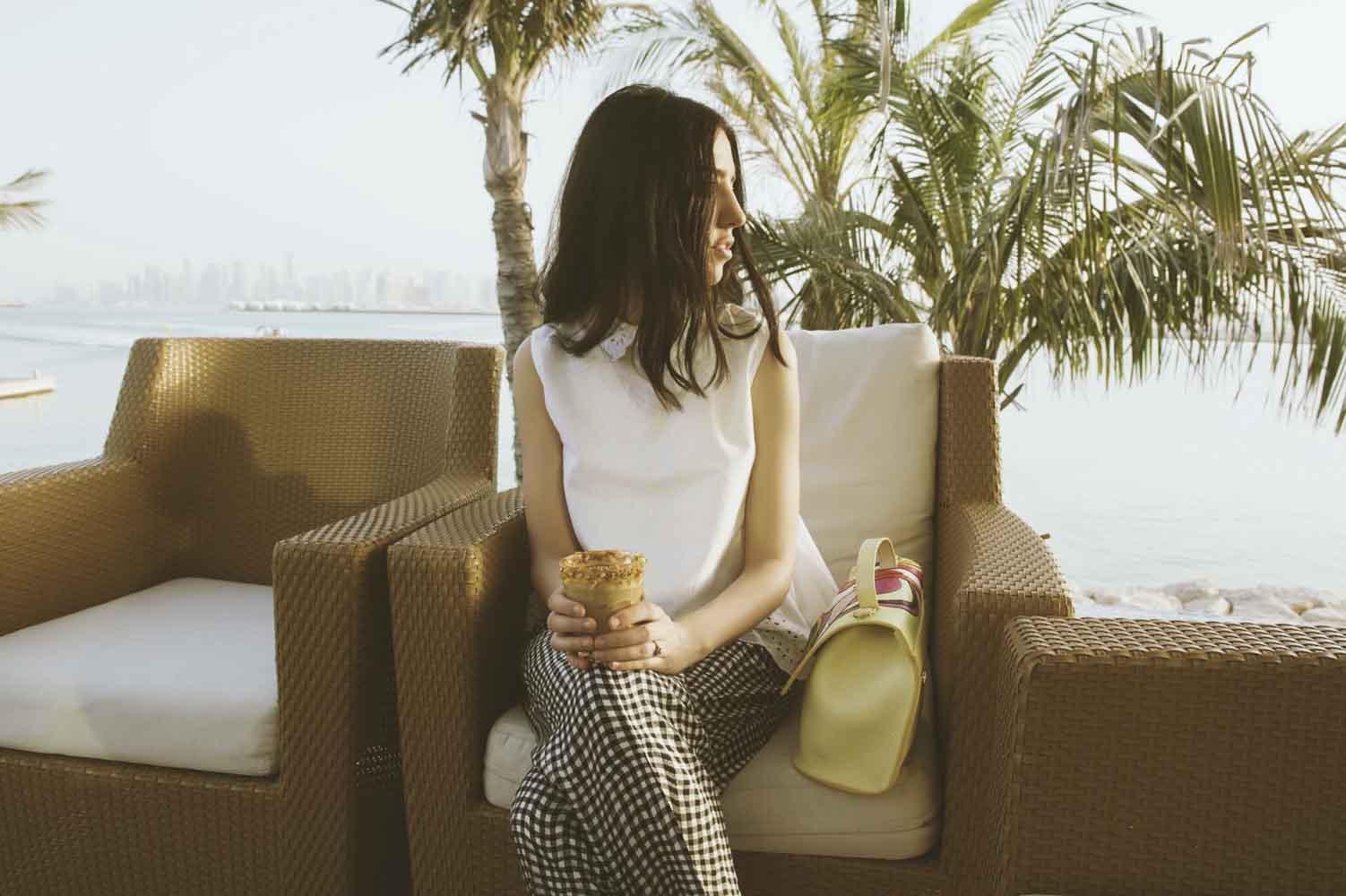 samantha de reviziis eleven eleven cafe' doha