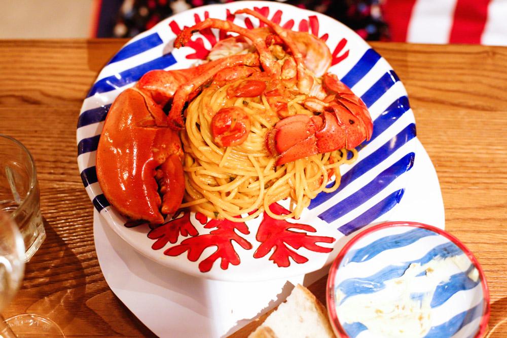lobster with spaghetti corallo lobster bar ileum italian restaurant