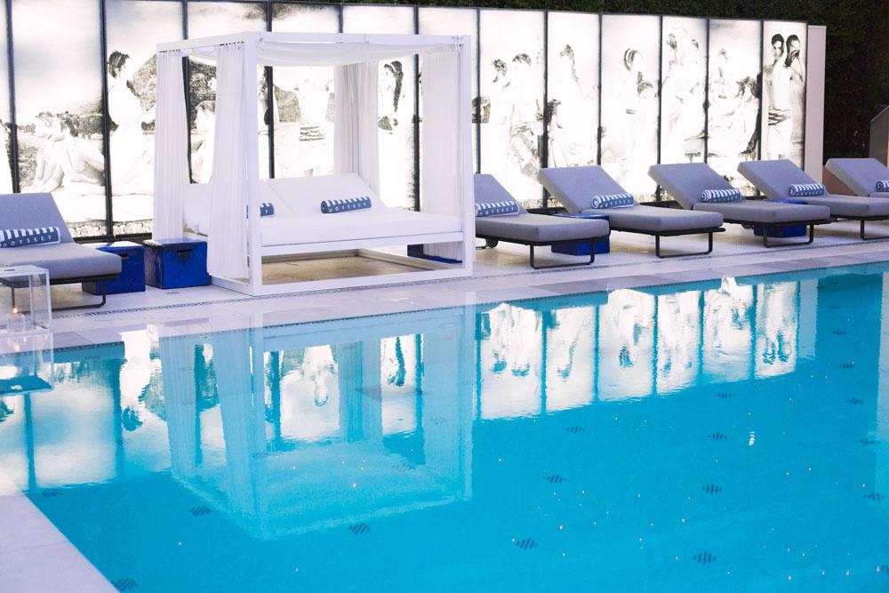 pool at metropole restaurant monaco
