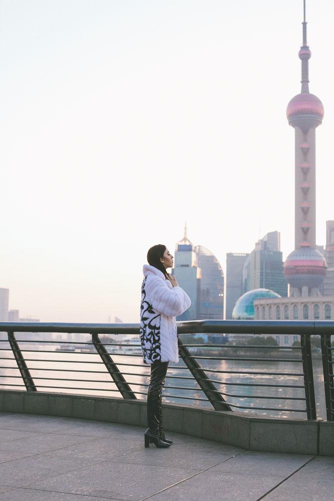 samantha at the bund shanghai