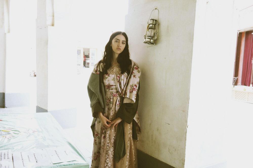 samantha indossa burka antonio marras